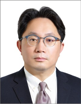 Julian Tsung-Sheng Liu